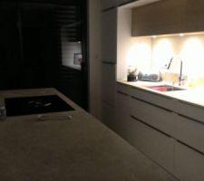 La cuisine by night