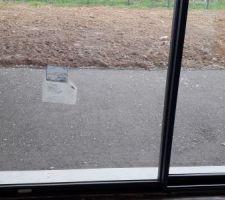 Mise en place des graviers pour la terrasse...