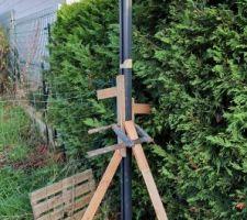 Demain montages des poteaux  21 mètres  de clôtures