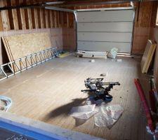 Isolation du garage avant de couler la chape