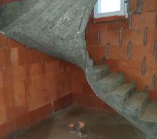 Le coffrage de l'escalier a été retiré