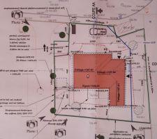 Plan de la maison sur le terrain.