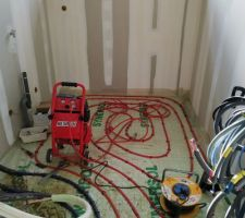 Test d'étanchéité à l'air des serpentins de chauffage au sol
