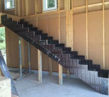 Coffrage en place escalier beton