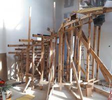 Préparation coffrage escalier