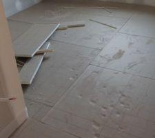 Pose du plancher chauffant / l'isolant