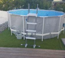 Installation de la piscine olympique :-)