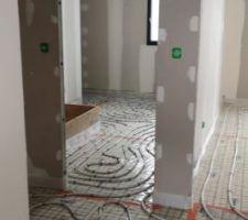 Câbles chauffants étage couloir