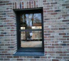 Fenêtre SDD, on apercoit les baies vitrées , manque plus que les cloisons !