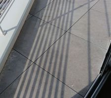 Dalles sur le balcon