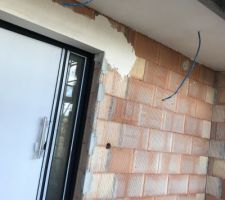 Enduit du plafond de l entrée et rectification des défauts du maçon