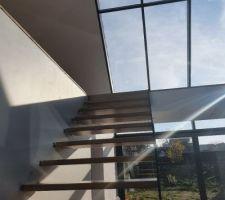 Escalier et verrière de face