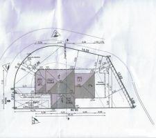 Implantation de la maison sur le terrain qui est en angle.