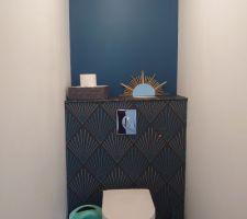 WC du bas et miroir DIY