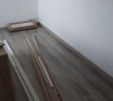 Parquet étage pose de plinthes