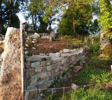 Mur du fond coté champs