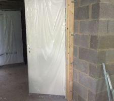 Porte accès garage