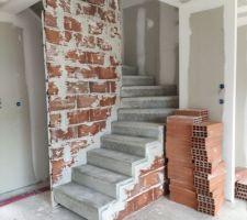 Escalier préfabriqué béton posé en 1 journée