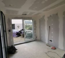 Bandes et joint murs et plafond