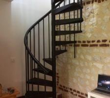 Escalier colimaçon du bureau