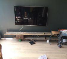 Création d'un meuble de tv en cours, premiers tests