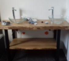Meuble salle de bain en COURS