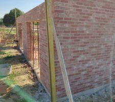 Prorotherm + briques Vandersanden moulées main Angle murs nord-est