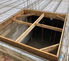 Coffrage de l'emplacement du futur escalier sous-sol