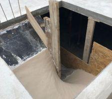 Préparation du support du futur escalier du sous-sol