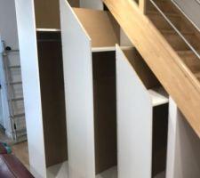 Placards sous escaliers