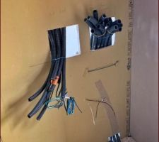Electricité première phase : Transformateurs déportés