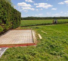 Dalle abri + preparation clôture