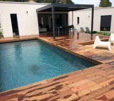 Création de la terrasse en Ipé... le résulta est.... Magnifique !!!