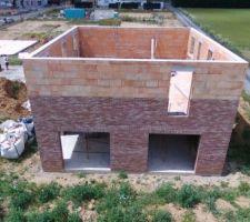 Prorotherm + briques Vandersanden moulées main façade est