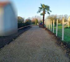 Terrassement accès chantier travaux réservés