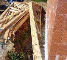 Dépose de la charpente sur notre chantier.