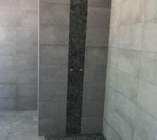 Salle de bain des filles