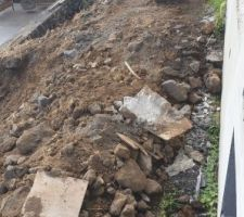 Fouille / terrassement pour mur de soutènement