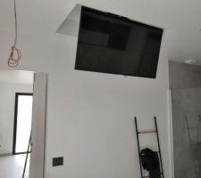 Tv motorisé chambre