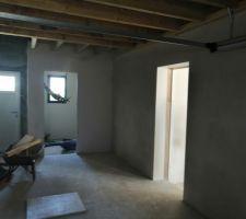 Garage cellier