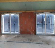 Porte-fenêtres et volets posés