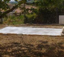 Création de la future dalle pour la piscine hors sol