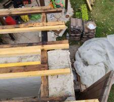 Abris jardin, toiture entre pannes à remplir à droite