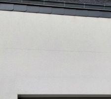 Apparition de fissure entre le rdc et le 1er étage sur une façade