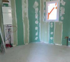 Placo intérieur cellier