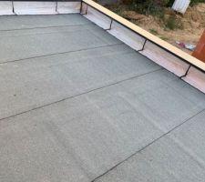 Isolation du toit terrasse avec pose des couvertines