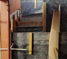 10e jour : escalier en cours - coffrage