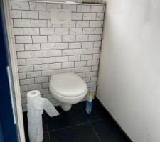 Pose WC suspendu