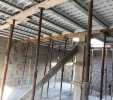 Préparation pour le sol du premier étage