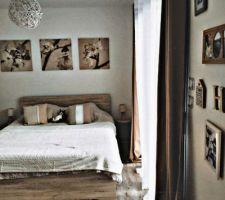 Nous avons 4 chambres. 2 suites parentales & 2 chambres simples. Les décos viennent de chez action, gifi et la foirfouille